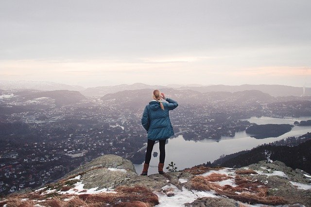 what to do when you get lost on a hike, hiking, lost, lost on a hike,