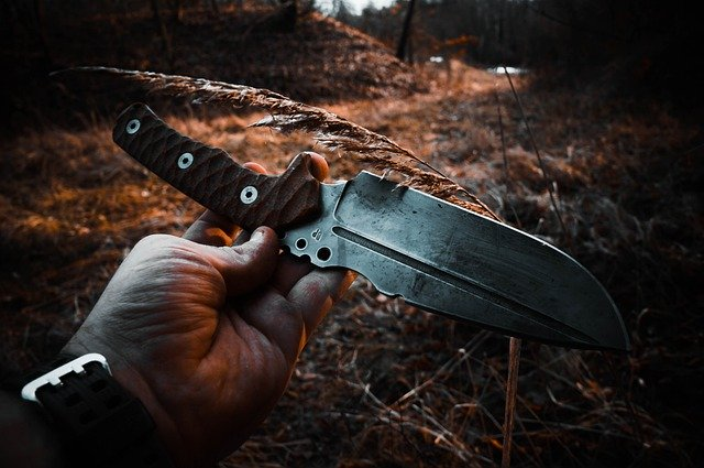 on the cheap survival knives, survival knives, survival knife, cheap, inexpensive,