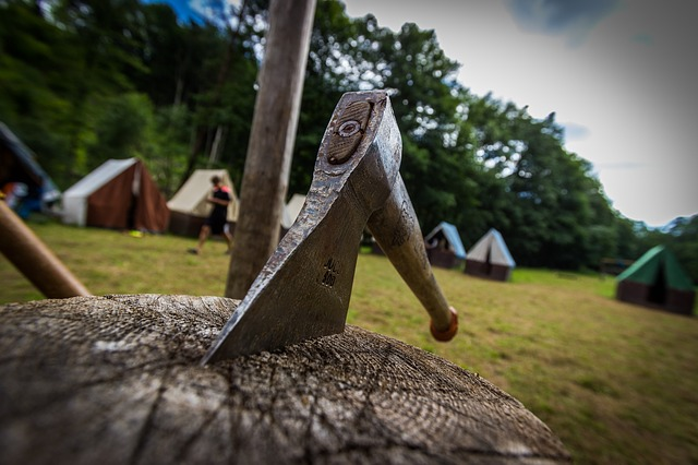 camping uses for a hatchet, camping, hatchet, axe,